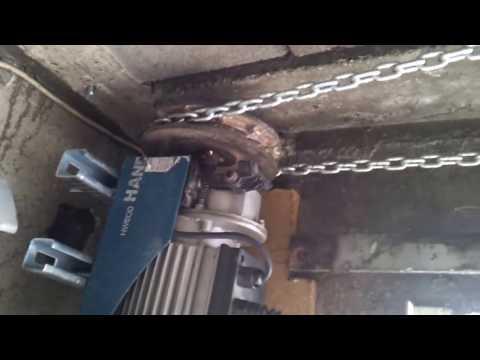 Porte automatique doovi for Comment ouvrir une porte de garage automatique