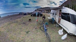 Дом на колесах на Черном море. Видеообзор принадлежностей в месте отдыха