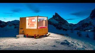 Menikmati Tidur Di Bawah Bintang Dalam Sebuah Kabin Mini