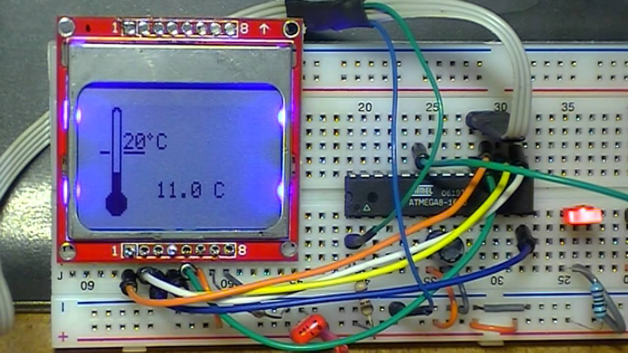 using a nokia type lcd with atmel avr atmega8 and avr