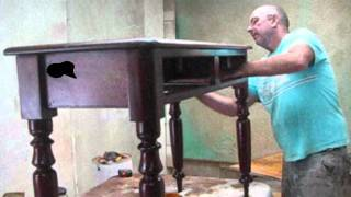 How to hand french polish using shellac by a Brisbane and Sunshine Coast furniture restorer