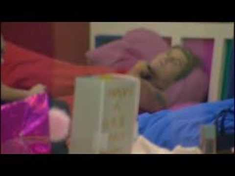 Big Brother 8 UK : Chanelle & Ziggy Scream at each other