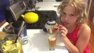 Мятно-лимонный чай со льдом.MINT & LEMON ICED TEA.