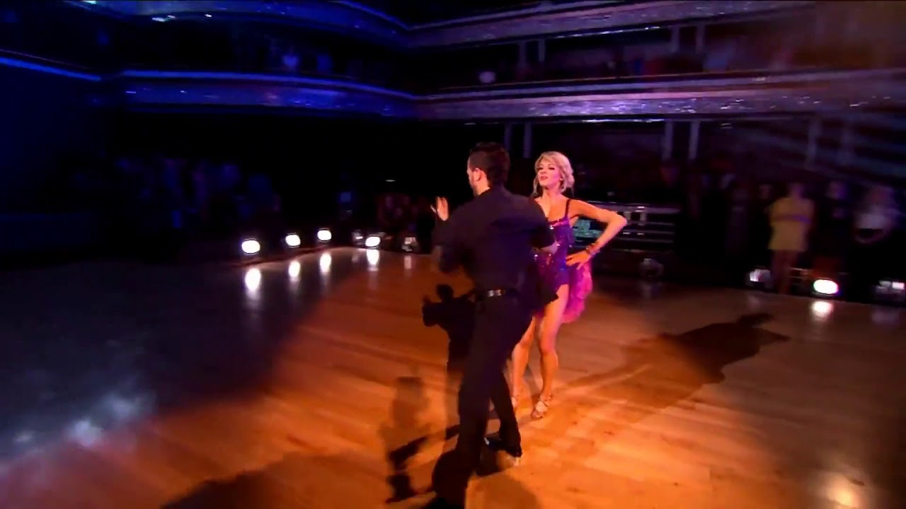 dancing with the stars team dating Get breaking celeb and entertainment news, photos, and videos about all your favorite hollywood stars from wetpaint.