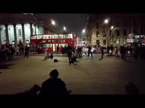 Hallelujah London, Trafalgar square