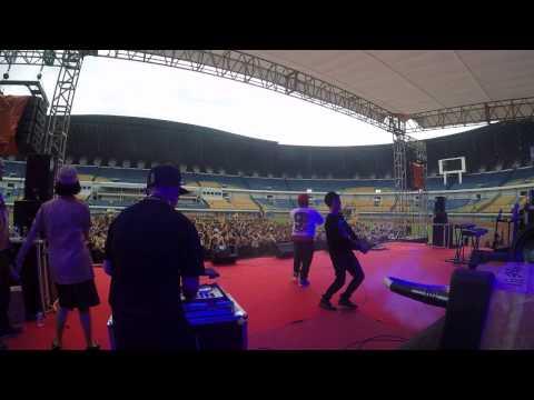 SUNDANIS HIPHOP live in stadion GBLA