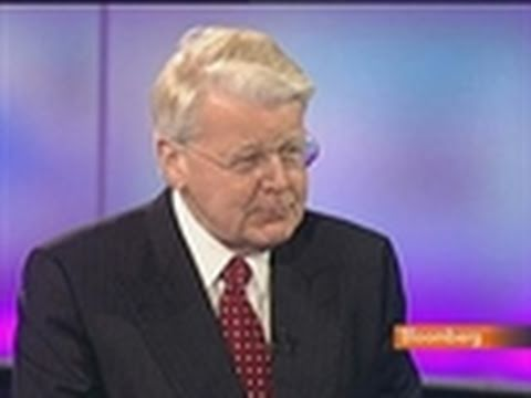 Grimsson Says Iceland May 'Wave Good-Bye' to IMF in 2011