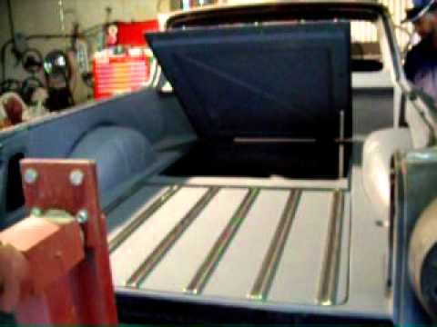 LINEAR ACTUATOR OPERATED HATCH IN CARGO BED YouTube