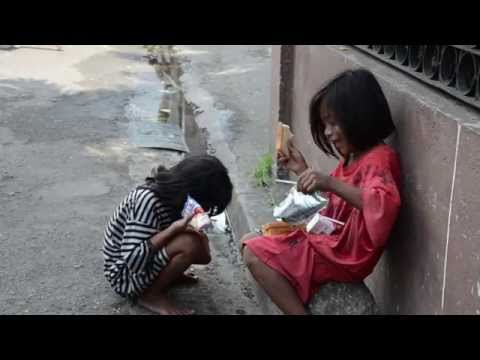 """problems of poverty in philippines """"the philippines has missed the key millennium development goal's target of halving poverty,"""" said habito, an economics professor at the ateneo de manila university the country's gdp from 2004 to 2009 grew by an average of 49%, but its poverty incidence increased to 265% in 2009."""