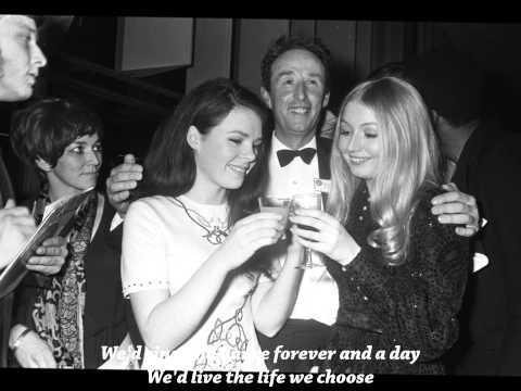 Mary Hopkin - Those were the days (Lyrics)