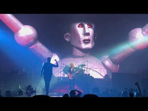 Queen & Adam Lambert - Cleveland - July 21, 2017 - Concert Opening, We Will Rock You
