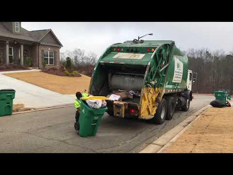 Waste Management Mack Mr Rear Load Garbage Truck