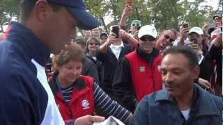 Tiger Woods apologizes after hitting fan with tee shot at 2012 Ryder Cup