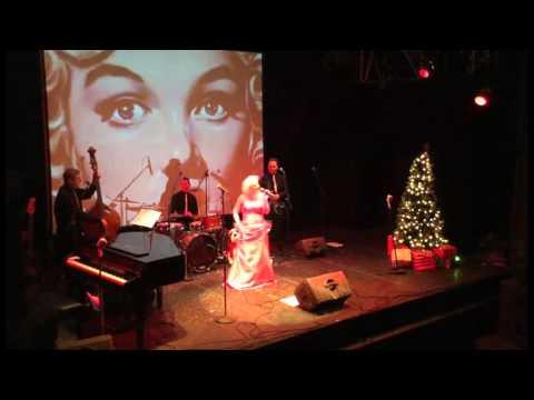 """Maypearl Monroe as Marilyn singing """"Santa Baby"""" Live in London's West End"""