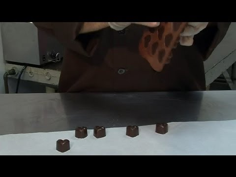 What Can You Use to Get Chocolate Out of a Silicone Mold Easily? : Chocolate Treats