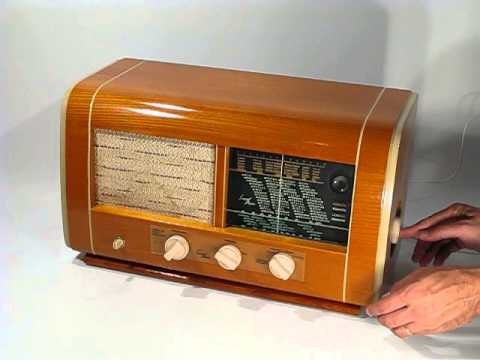 Luxor 77 W tube radio