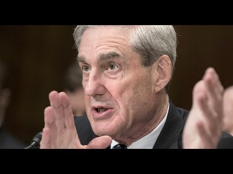 FBI 'dropped the ball,' Director Mueller says