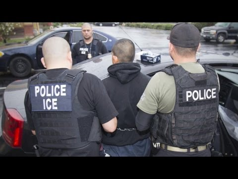 Feds carry out immigration raid in six states, detaining hundreds