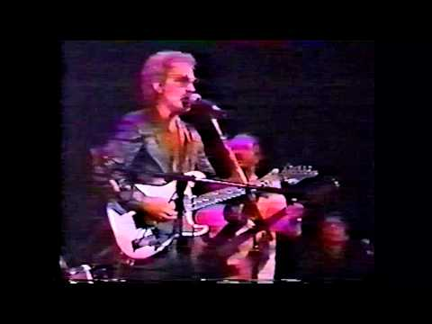 JJ Cale - R.I.P. 1938-2013! - Live @ The Bottom Line, NYC 1992! (complete show)