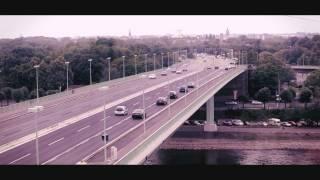 Chris de Burgh - Seven Bridges (Official)