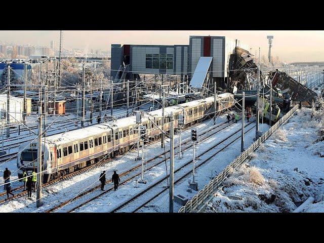 Several killed and injured in Turkey train crash