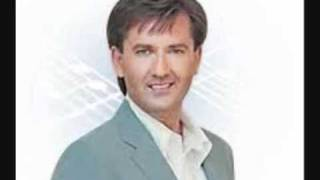 Watch Daniel Odonnell Bed Of Roses video