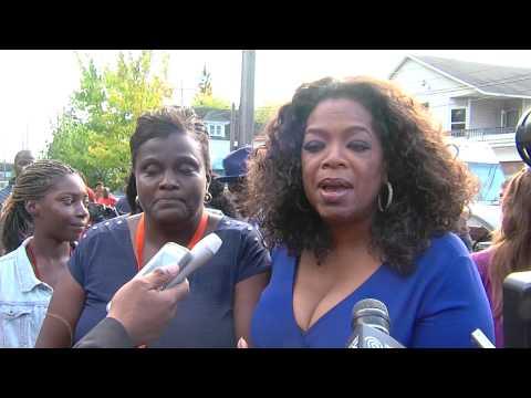 Oprah Winfrey Helps Mary Nelson