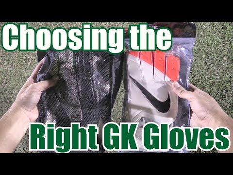 Making the right choice when buying goalkeeper gloves