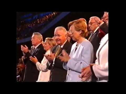 Sydney 2000 Closing Ceremony -Olympic Hymn,We'll Be One.