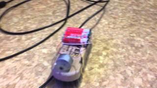 Робот пылесос (робощетка)