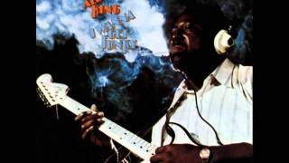 Watch Albert King Travelin Man video