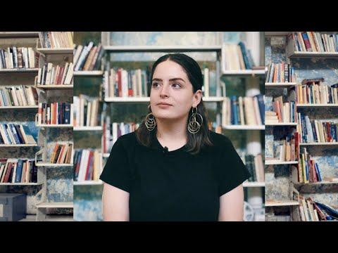 Mujeres en la música: Moni Saldaña, directora de NRMAL | SlangFm