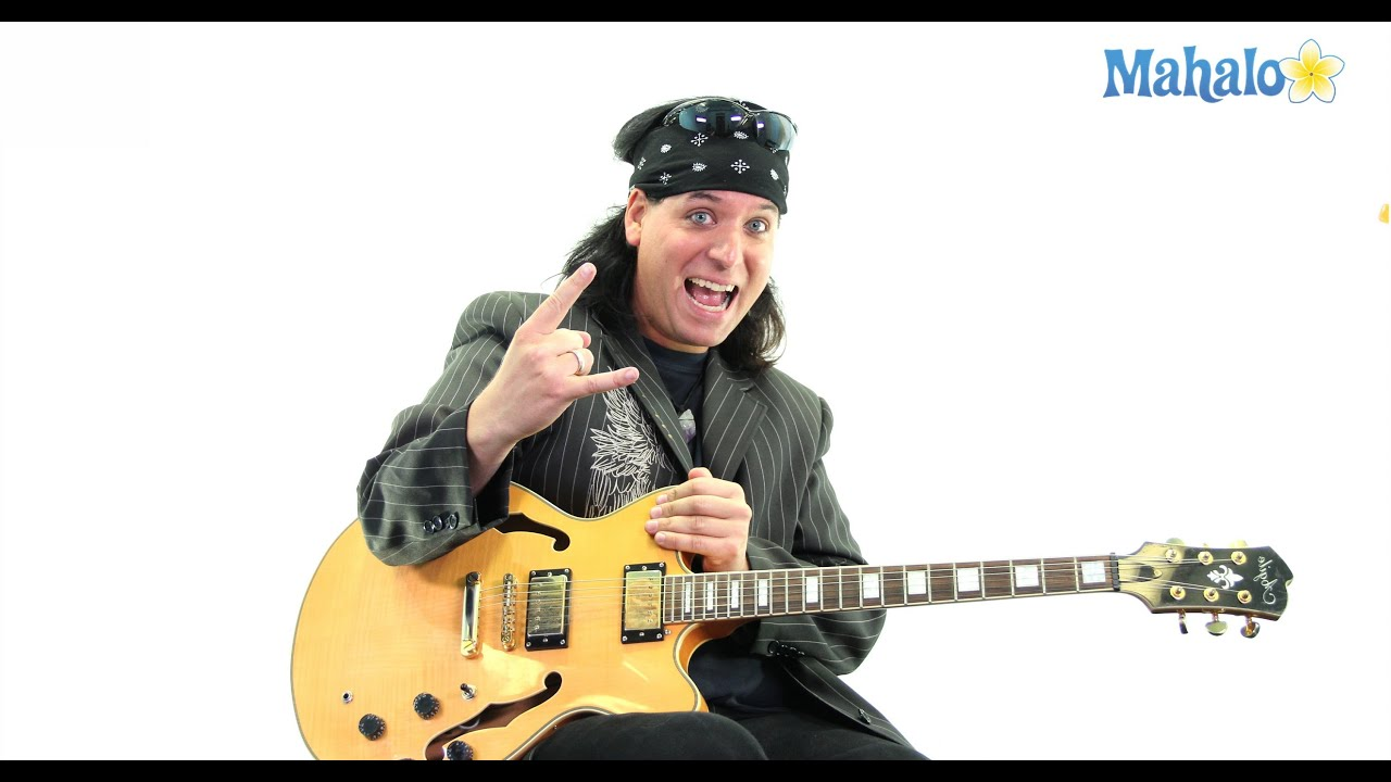 How To Play Holy Diver By Dio On Guitar Youtube