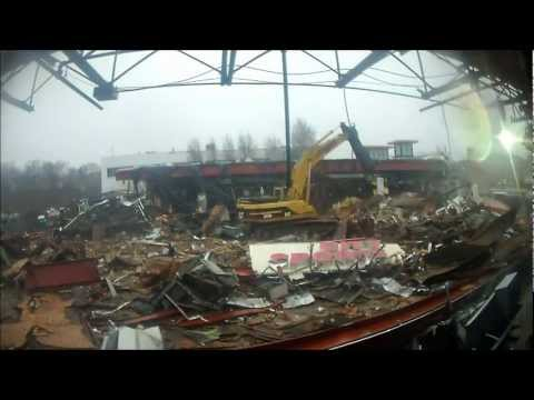 Dismantling Chestnut Hill, MA Mall