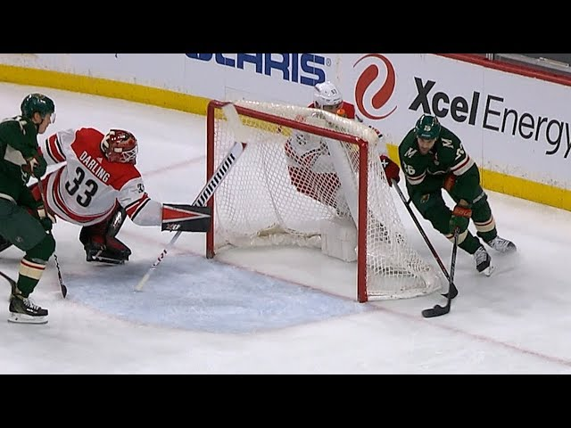Scott Darling dives to make incredible stick save