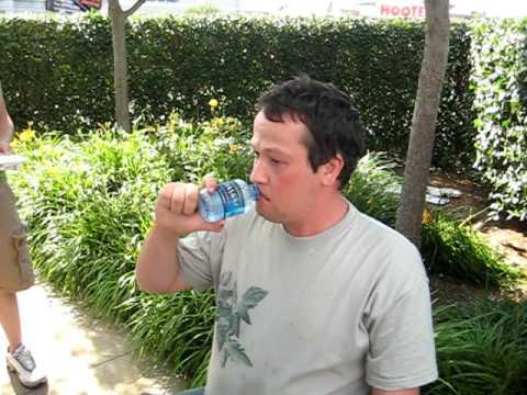 Matt Biddle Eats world's HOTTEST Buffalo Wing.AVI