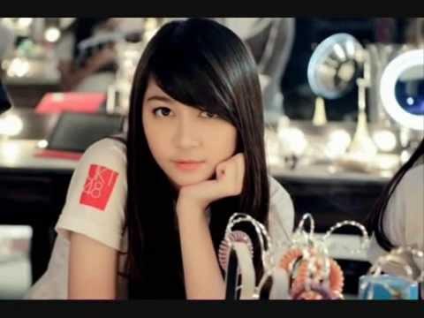 JKT48- Jessica dan Devi Kinal Putri