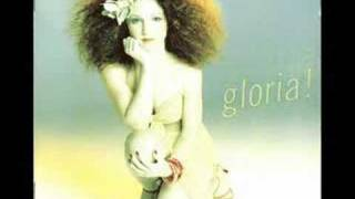 Watch Gloria Estefan Lucky Girl video