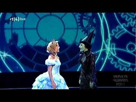Wicked - Voor goed & Ik lach om zwaartekracht - Musical Awards Gala 02-10-11 HD