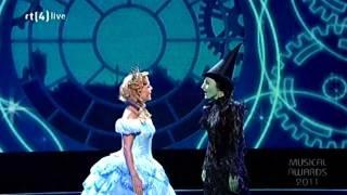 Wicked - Voor goed & Ik lach om zwaartekracht - Musical Awards Gala 02-10-11 HD thumbnail