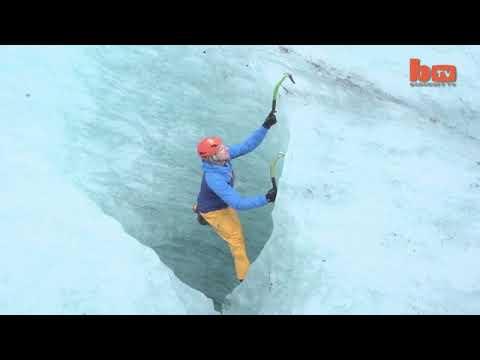 pendaki terkuat di gletser islandia besar