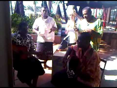 fiji local jam - Moz on string bass