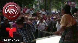 Azotan públicamente a una joven por robar ropa íntima | Al Rojo Vivo | Telemundo