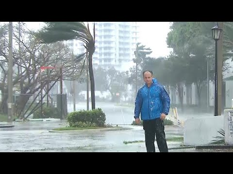 Miami prepares for Hurricane Irma's impact