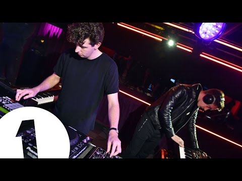 Jamie xx performs Loud Places for BBC Radio 1