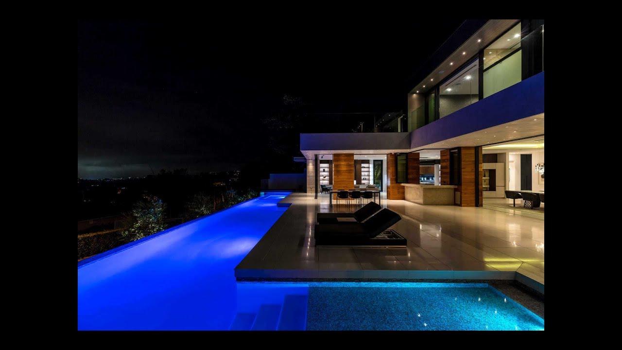 Beautiful Modern House Plan