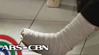 Babaeng nabagsakan ng bakal na arko sa mall nanawagan ng tulong | TV Patrol