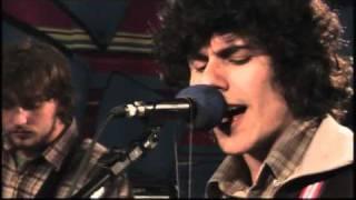 """Apanhador Só apresenta """"Bem-me-leve"""" no Estúdio Showlivre 2010"""