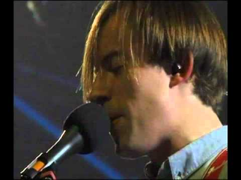 Bombay Bicycle Club - Leave It (Live in Jakarta)