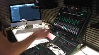 AIRA VT-3: Using MIDI to Control Pitch